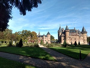 picture of castle 'de Haar' Amstel and Vecht river tour