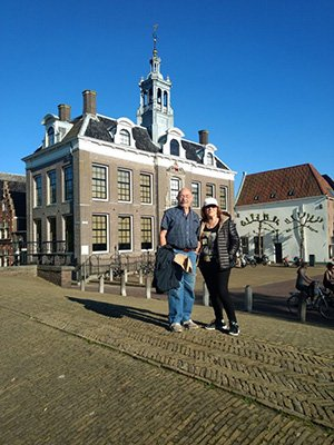 Picture in front of Edam city hall